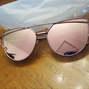 Accessories - Cat Eye Mirrored Sunglasses Pink Pink